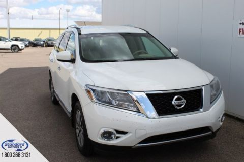 Pre-Owned 2013 Nissan Pathfinder 4WD Sport Utility